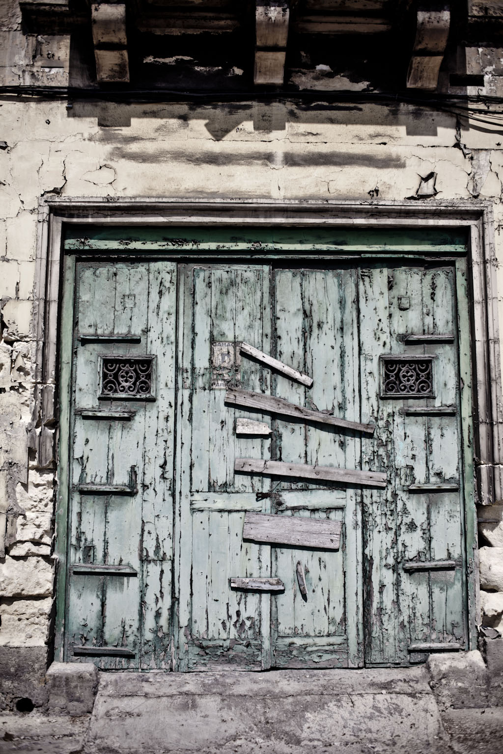 """Wabi-sabi Doors and facades of Malta © Helen Jones-Florio"