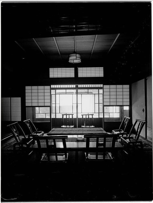 Tokusho-Ji Temple, Japan - the Hallway on the ground floor, Kyoto, Japan ©Michel Delsol