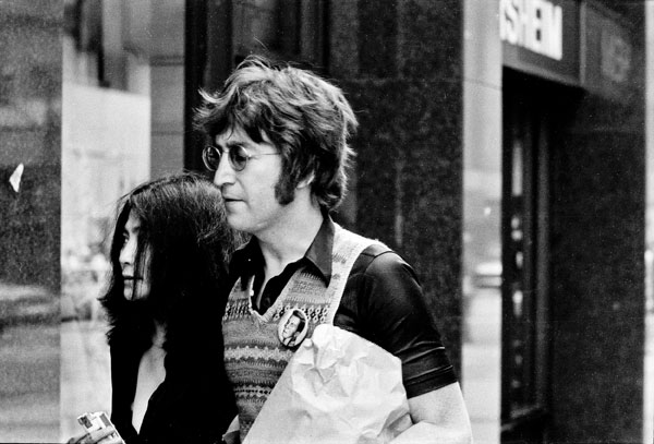 'John Lennon & Yoko Ono' NYC, 1971 - black and white photography prints ©Jeff Rothstein